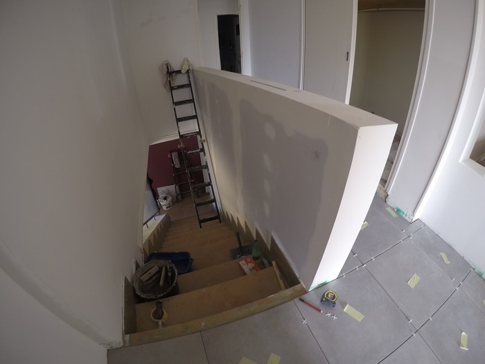 escalier-carrelage-artisan-champ-sur-drac