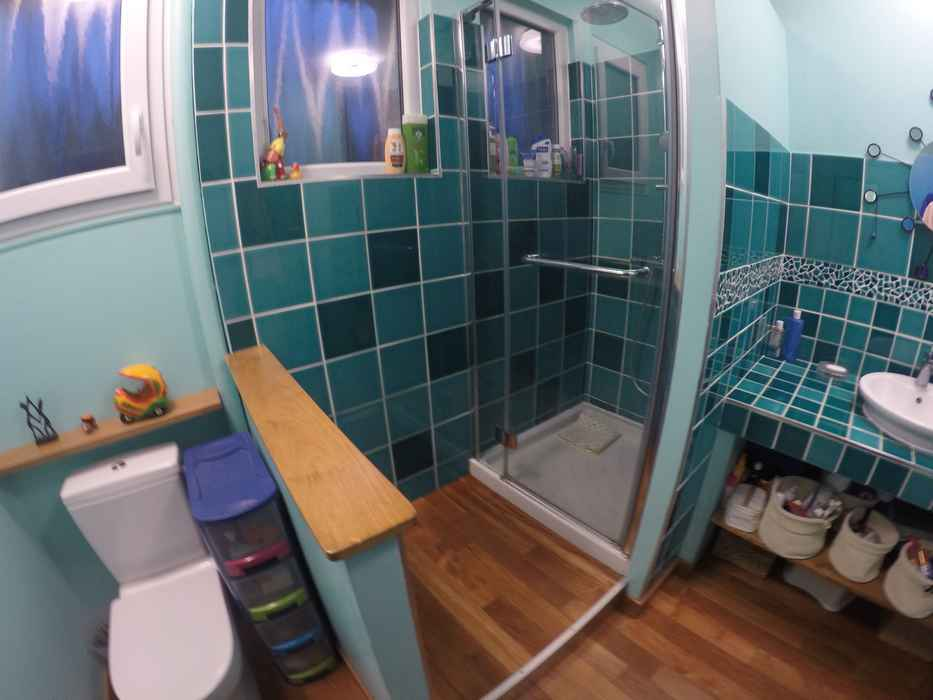 faience-parquet-vizille-salle-de-bain