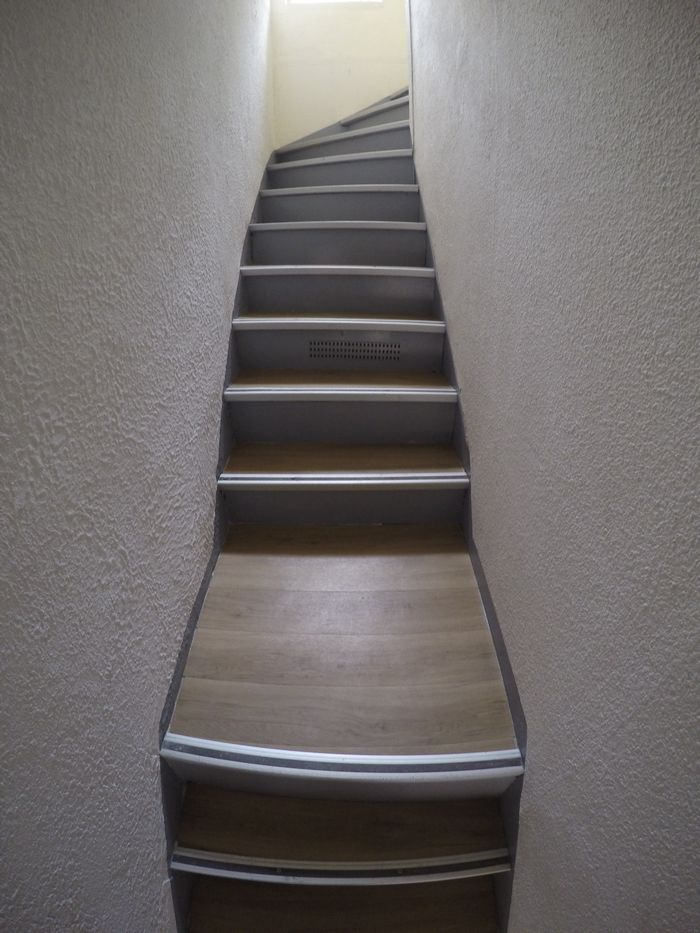 peinture-escalier-renovation-vizille