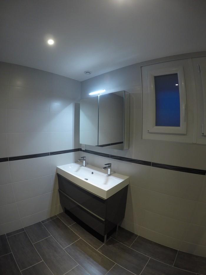 renovation-salle-de-bain-artisan